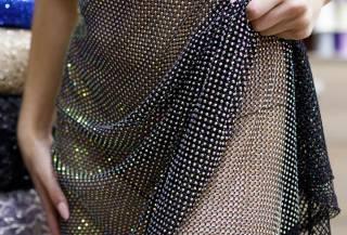 платье из сетки со стразами